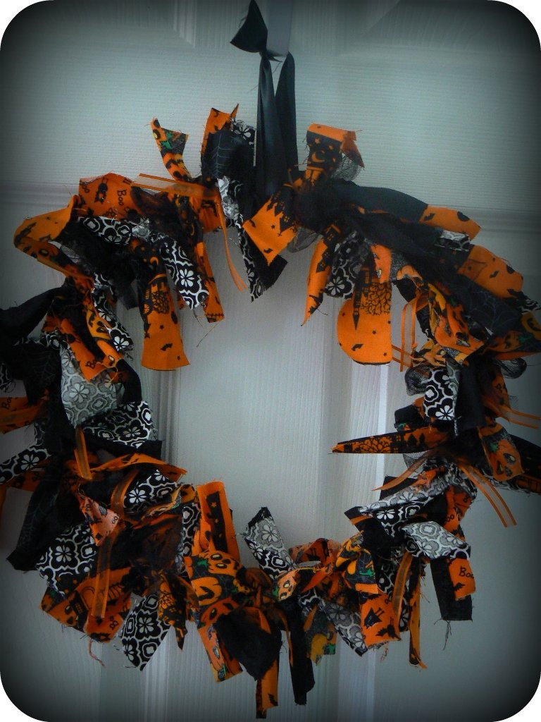 Fabric Scrap Halloween Wreath